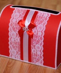 Сундучки и корзины для подарков